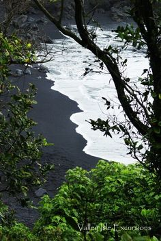 Black Sand Beach Maui | Waianapanapa State Park