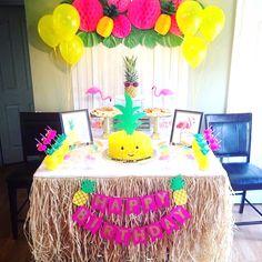 Über 25 Ananas-Party-Ideen, Sommer-Party-Thema, via . Flamingo Birthday, Luau Birthday, 10th Birthday Parties, Flamingo Party, Birthday Party Themes, Birthday Ideas, Summer Party Themes, Party Ideas, Hawaian Party