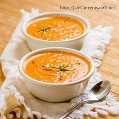 Tomato Parmesan Slow Cooker Soup  |  Life Currents