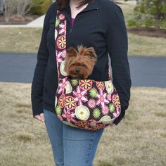 """$8 SAMMY DOG TOTE / SLING / CARRIER - 14""""W X 8""""HT X 5""""D with a 44"""" shoulder strap. (how long is drop from shoulder to bag?)   - 4 - 8 lb. dog"""