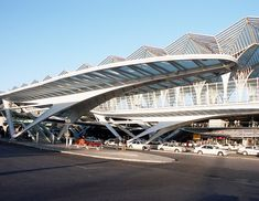 Bus Terminal Design  #SantiagoCalatravaArchitecture Pinned by www.modlar.com