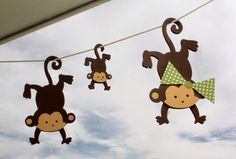 ideacentrífuga: Decoramos tu vida Accesorios de changuitos para colgar en la ventana (recámara de selva)