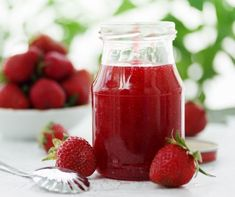 Simple Berry Jelly is easy to make using your favorite Ninja® appliances. Discover delicious and inspiring recipes from Ninja® for every meal. Ninja Blender Recipes, Ninja Recipes, Jelly Recipes, Jam Recipes, Cooker Recipes, Smoothies Detox, How To Make Smoothies, Blender Food Processor, Food Processor Recipes