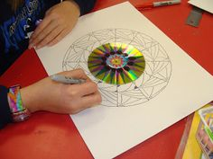 DIY Tutorial - make a mandala out of an old CD  #recycle