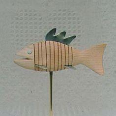 Striped fish: spruce, red sandalwood, aluminum plate
