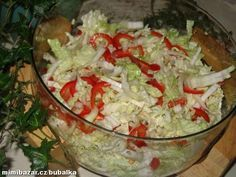 Czech Recipes, Raw Food Recipes, Cooking Recipes, Ethnic Recipes, Healthy Salads, Healthy Eating, Guacamole, Cabbage, Recipies
