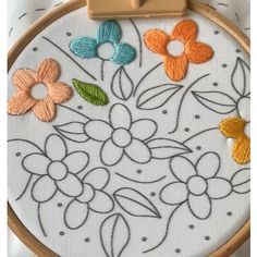 Embroidery Patterns Discover Satin stitch Satin stitching a flower petal While filling a shape I always tend to do a natural partition first and then do right and left to complete it! Did u spot the self knotting of the working thread in the video? Hand Embroidery Videos, Crewel Embroidery Kits, Embroidery Stitches Tutorial, Embroidery Flowers Pattern, Embroidery Ideas, Beginner Embroidery, Hand Work Embroidery, Paper Embroidery, Hand Embroidery Designs