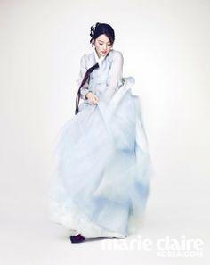 이영애 한복 화보 korean hanbok Korean Hanbok, Lee Young, Marie Claire, Cinderella, Eye Candy, Korean Fashion, Kimono, Tulle, Hair Pins