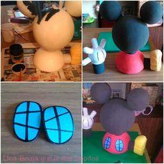 La casa de Mickey Mouse paso a paso Mickey Mouse House, Fiesta Mickey Mouse, Mickey Y Minnie, Mickey Party, Minnie Mouse, Mickey Mouse Clubhouse Birthday Party, Mickey Mouse Birthday, 1st Boy Birthday, 2nd Birthday Parties