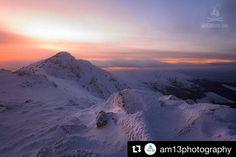 Rozprávkový západ slnka  #praveslovenske od @am13photography  Sunset Nízke Tatry Slovakia  #slovakia #mountains #nizketatry #snow #rock #sky #clouds #slovensko #winter #landscape #insta_svk #nature #adventure #sunset #peak #hills #tatramountains #tatry #nature
