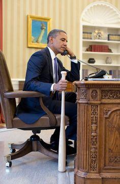 Telefonat mit Baseballschläger: Wegen dieses Fotos, das US-Präsident Barack...