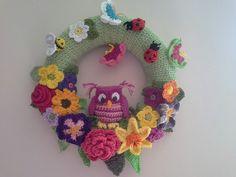 Little owl spring crochet wreath