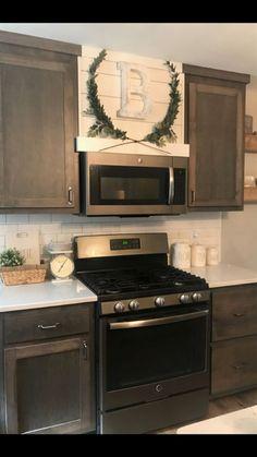Shiplap Hood Vent, Modern Farmhouse, Laurel Wreath, Gray Cabinets  #KitchenRemodeling