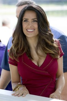 Grown Ups 2 - Publicity still of Salma Hayek. The image measures 2000 * 3000 pixels and was added on 14 September Salma Hayek Hair, Salma Hayek Style, Salma Hayek Body, Selma Hayek, Beautiful Celebrities, Beautiful Actresses, Most Beautiful Women, Simply Beautiful, Grown Ups 2
