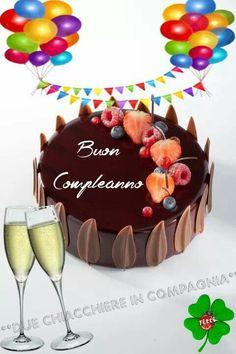 ti auguro Buon compleanno a te Immagine Buon compleanno, #a #auguro #buon #compleanno #immagine #tè #ti Birthday Month, Happy Birthday, Birthday Cake, Birthdays, Desserts, Food, Orange Roses, Smiley, Italy