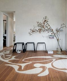 painted foor design | ... painted floor ideas and love this modernist pattern painted onto the