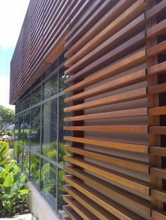 timber cladding/screen
