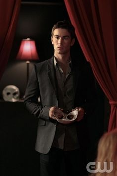 """""""The Big Sleep No More"""" GOSSIP GIRL Pictured  Chace Crawford as Nate Archibald PHOTO CREDIT: GIOVANNI RUFINO/©2011 The CW Network, LLC. All Rights Reserved"""