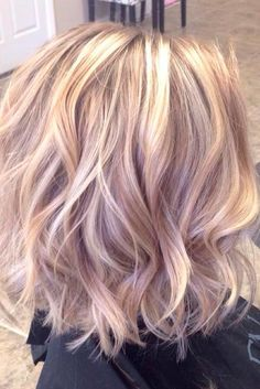 Moderne Balayage-Haarfarbe-Ideen Moderne Balayage-Haarfarbe-Ideen The post Moderne Balayage-Haarfarbe-Ideen appeared first on Frisuren Tips - Hair Style Girl Hair Color Balayage, Ombre Hair, Haircolor, Blonde Pink Balayage, Pastel Blonde, Blonde Hair With Color, Rose Gold Hair Blonde, Pastel Pink, Pink Peekaboo Highlights