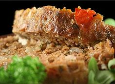 Mexican Meatloaf with Chipotle BBQ Sauce -a new twist on tex-mex night at home. Sweetened with stevia. Mexican Meatloaf, Bacon Meatloaf, Healthy Meatloaf, Best Meatloaf, Turkey Meatloaf, Meatloaf Recipes, Vegetarian Meatloaf, Skinny Girl Recipes, Daniel Fast Recipes