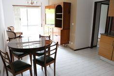 Apartamento T1 junto ao centro de Leiria, para venda conforme as imagens, mobilado e equipado, tem varanda, roupeiro e arrecadação no sótão. Para Venda! Ref: 1941  #venda #novilei #imoveis #imobiliaria #leiria #t1 #apartamento #centro #mobilado