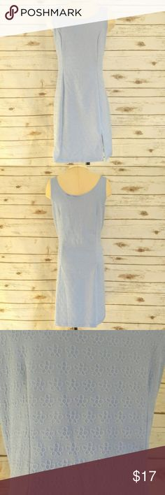 """Currants Blue Fitted Embossed Floral Shift Dress Currants Blue Fitted Embossed Floral Shift Dress Materials: Polyester/Spandex Size: Large Measurements Laid Flat Bust: 19"""" Length: 35"""" Feel free to ask any questions, I can get back to you within 24 hours. Currants Dresses Midi"""