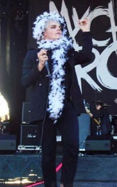 And here we see the fabulous lady Gerard the Way with her boa. Your argument is invalid.