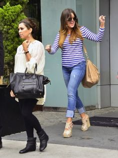 Love khloe's outfit!