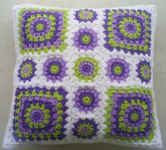 crochet edgings design Crochet granny square cushion cover in white edging - Crochet Cushion Cover, Crochet Pillow Pattern, Crochet Lace Edging, Crochet Cushions, Crochet Patterns, Crochet Edgings, Afghan Patterns, Knitting Patterns, Crochet Heart Blanket