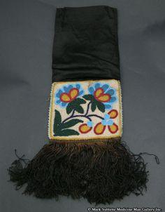 Bags - Chippewa Beaded Floral Bag