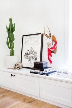 Home Tour: A Crisp, Edgy, and Eclectic Family Home via @MyDomaineAU