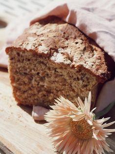 Hjemmelaget brød hver dag - Camilla Pihl Banana Bread, Diet, Dining, Health, Desserts, White Rice, Recipes, Tailgate Desserts, Food
