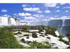 Foz do Iguaçu falls - Brazil/Argentina/Paraguay Iguazu Waterfalls, Beautiful Places In The World, Places Around The World, Around The Worlds, Amazing Places, Amazing Photos, Amazing Things, Wonderful Places, National Parks