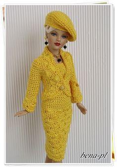 Kuvahaun tulos haulle free crochet doll costumes for barbie dolls