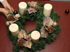 Como fazer uma coroa do Advento? Advent Wreath, Christmas Wreaths, Holiday Decor, Natal Diy, Home Decor, Journal, Christ, How To Make Garland, Wreaths