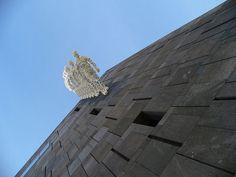 Vida cultural en Viena. El Museumsquartier es una enorme superficie (la octava más grande del mundo) dedicada al arte, la danza, la arquitectura y el teatro