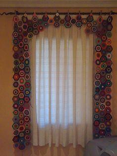 Crochet Curtain Patterns Part 9 - Beautiful Crochet Patterns and Knitting Patterns Beau Crochet, Love Crochet, Beautiful Crochet, Crochet Flowers, Cotton Crochet, Crochet Curtain Pattern, Crochet Curtains, Curtain Patterns, Curtain Ideas