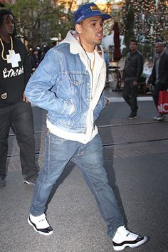 Chris Brown rocking Jordans http://celebritysneakerstore.com/