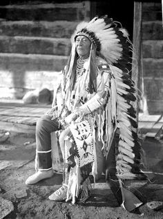 Early Photo by Richard Throssel. Source - University of Wyoming, American Heritage Center. Native American Pictures, Native American Beauty, Indian Pictures, Native American Tribes, American Indian Art, Native American History, American Indians, Native Indian, Native Art