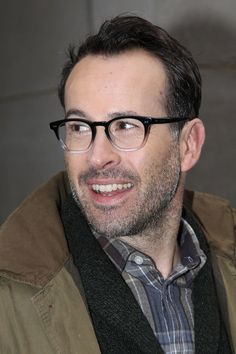 jason lee leaves the today show in this photo jason lee jason lee star ...