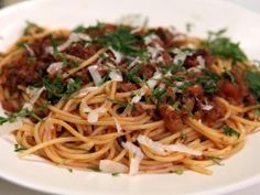 Spaghetti with Bacon and Beef Sauce : Recipes : Cooking Channel - Rachel Ray - Week in a Day