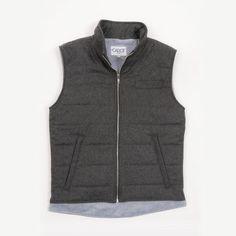 Retrouvez ce gilet matelassé CADOT sur http://cadot.fr/product/bennet-gris et choisissez la bonne taille avec Fitizzy #vêtements #mode #homme