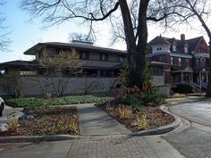 Frank W. Thomas House, Designed in 1901 by Frank Lloyd Wright. Oak Park, Illinois. (2010)