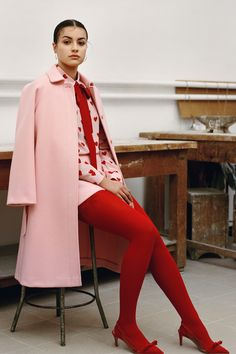 Red Valentino Pre-Fall 2019 Fashion Show Collection: See the complete Red Valent. Red Valentino Pre-Fall 2019 Fashion Show Collection: See the complete Red Valentino Pre-Fall 2019 collection. Look Red Fashion, Look Fashion, Runway Fashion, High Fashion, Autumn Fashion, Fashion Outfits, Womens Fashion, Fashion Trends, Fashion 2020