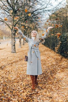 The Rise of the Micro Influencer - Why It's Not All About the Numbers - Fashion Mumblr Fall Photo Shoot Outfits, Winter Outfits, Fashion Mumblr, Fashion Outfits, Feminine Fashion, Travel Fashion, Feminine Style, Fashion Ideas, Business Casual Outfits For Women