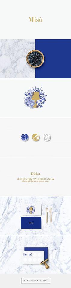 Royal or cobalt blue / marble / gold