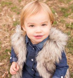 So cute!! Annalise #hamptonroadsphotographer #gray #grayfamilies #yorktownfamilyphotographer #familyphotography