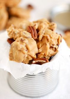 Old fashioned candy is the best! I love surprising friends and family with homemade candy during the holidays and these Buttermilk Pecan Pralines is one of my favorites! Ultra smooth and creamy and oh-so decadent, it's everyone's favorite treat! Pecan Desserts, Pecan Recipes, Candy Recipes, Dessert Recipes, Cooking Recipes, Buttermilk Recipes, Kabob Recipes, Fudge Recipes, Dessert Bars