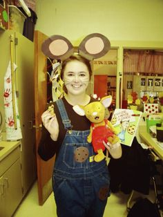 The Tennessee Life: My Week In A Nutshell If You Give A Mouse A Cookie costume by me!