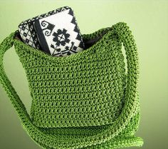 42 Fabulous Handmade Crochet Bag & Purses | DIY to Make Green crochet shoulder bag works up quickly..add an inside zipper or fastener so you don't lose anything and be sure to add an inside liner as well.
